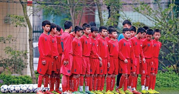 Vào lò bóng đá trẻ Viettel - Tuổi Trẻ Online